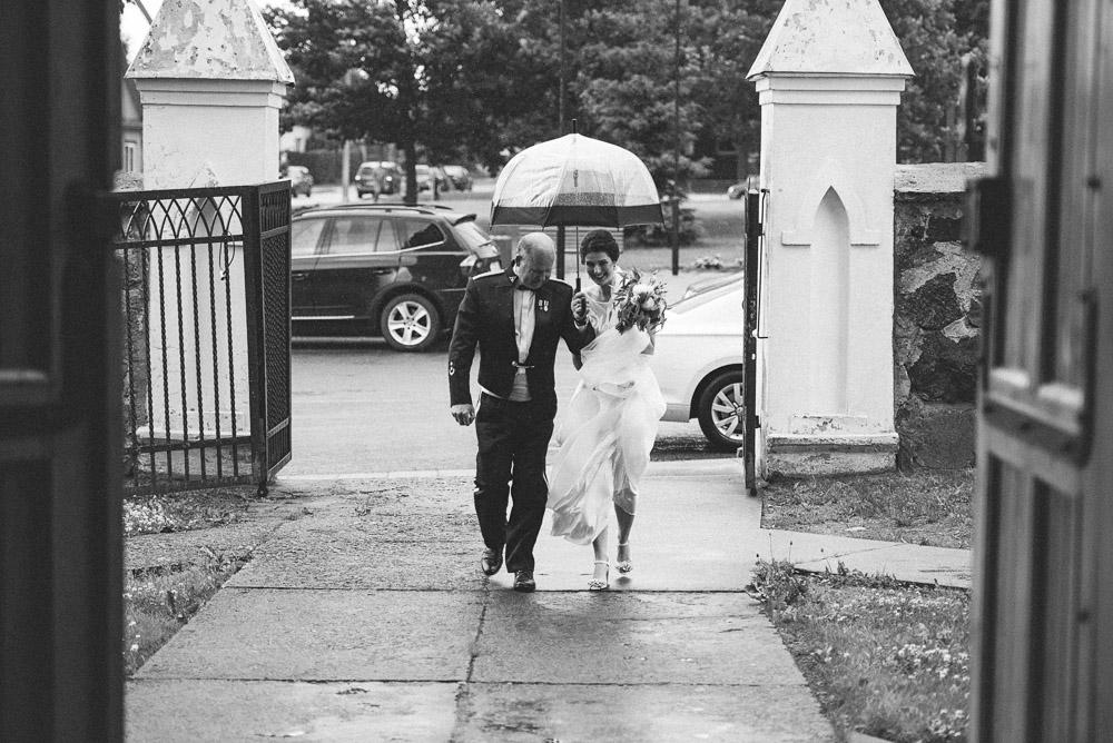 Vestuvių ceremonija Žiežmarių bažnyčioje