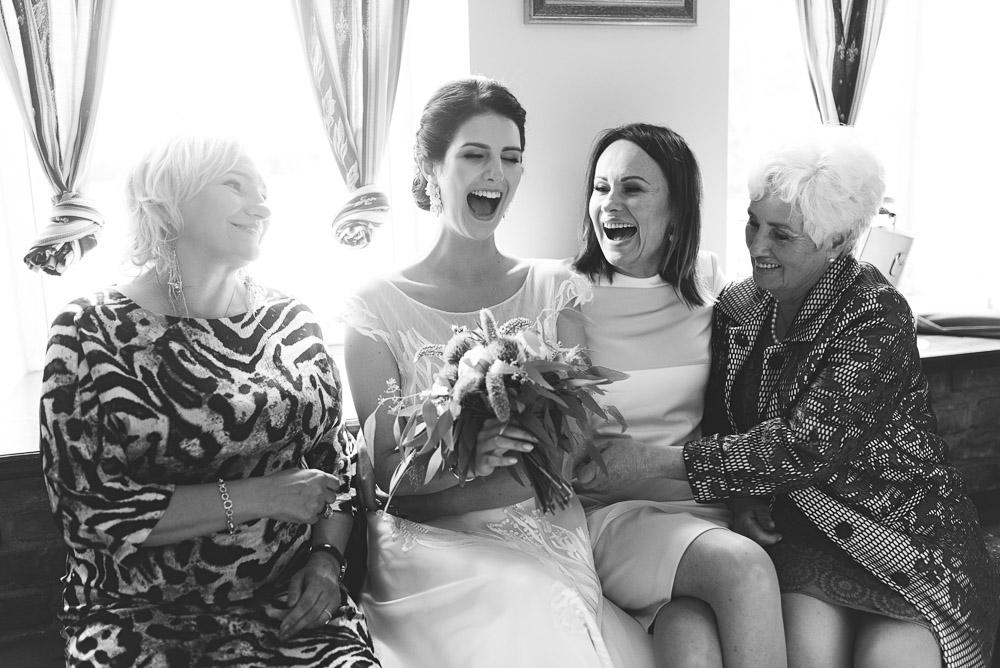 Nuotaka su vestuvių svečiais