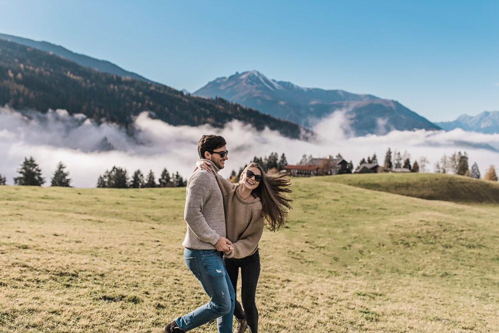 Poros fotosesija kalnuose Austrijoje