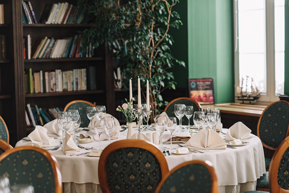Vestuvių vakarienė Šekspyro viešbutyje